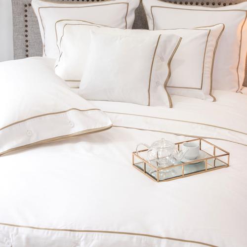 Parure de lit Monaco en satin de coton 220 fils/cm² - 550TC - liseré vison - housse de couette avec boutons