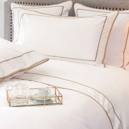 Parure de lit Monaco en satin de coton 220 fils/cm² - 550TC - liseré vison - drap plat